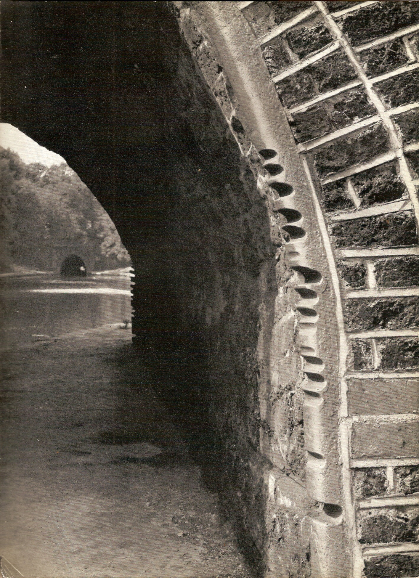 Looking towards Islington Tunnel